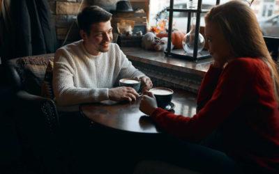 Complimenter une Femme | Quoi Dire pour la Faire Craquer ?